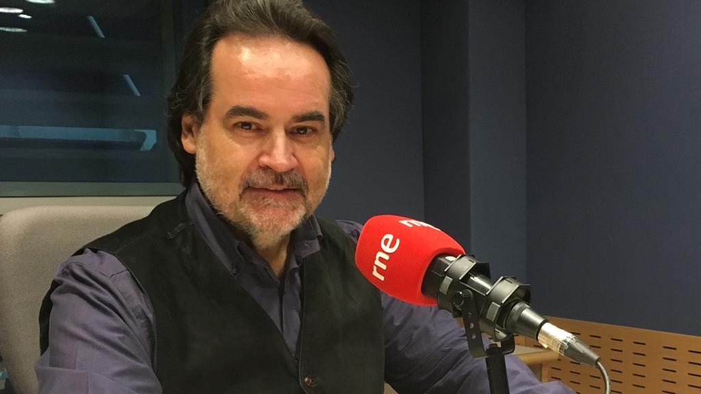 El tenor Josep Bros celebra sus 25 años sobre los escenarios