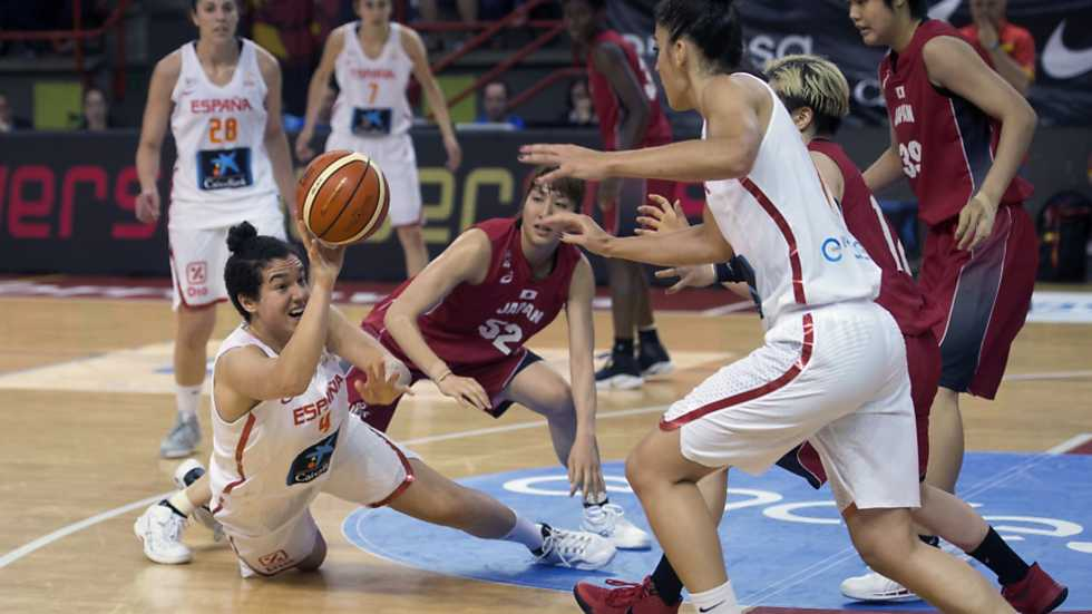 """Baloncesto - """"Gira"""" Selección Femenina: España-Japón, desde Torrelavega"""