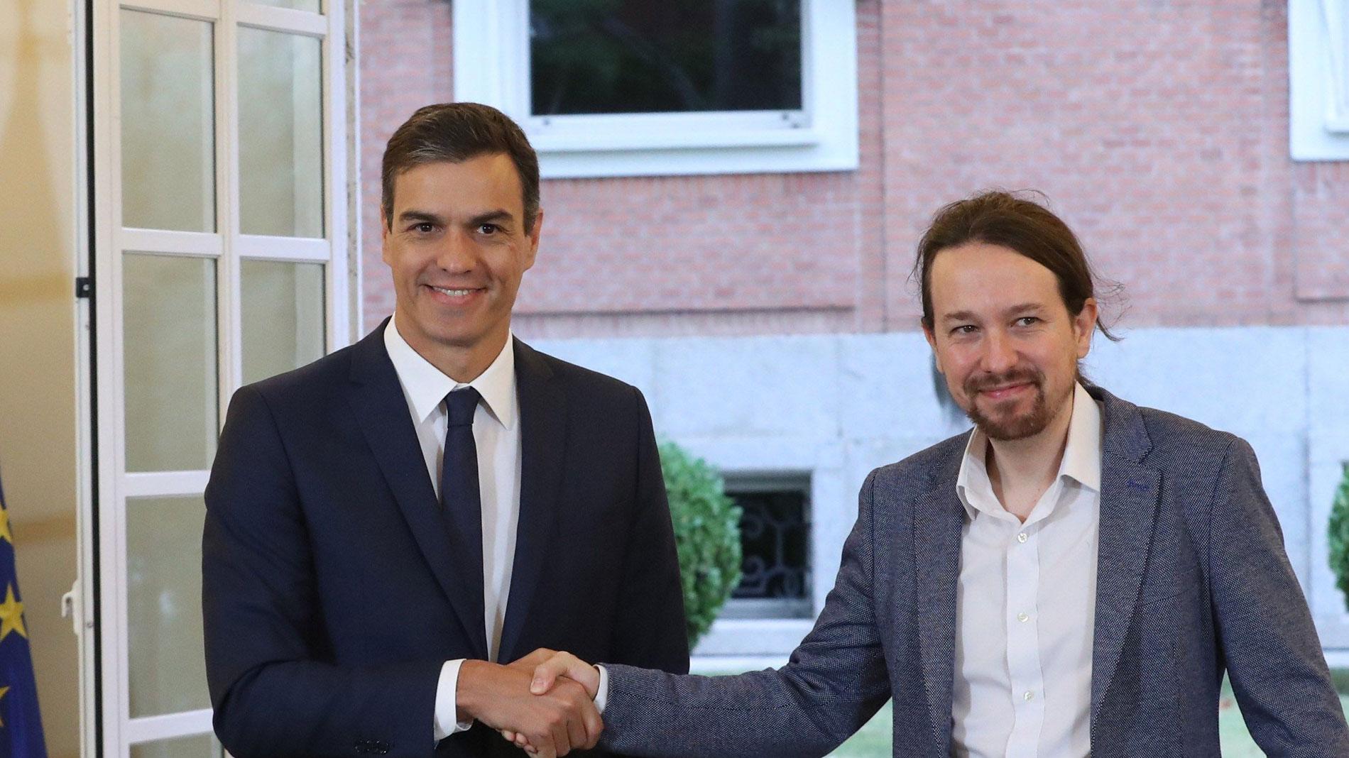 Gobierno y Podemos pactan un salario mínimo de 900 euros y ayudas para vivenda