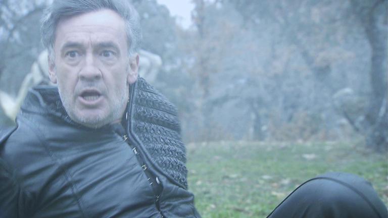 Águila Roja - Gonzalo no ayuda a Hernán a escapar del tornado