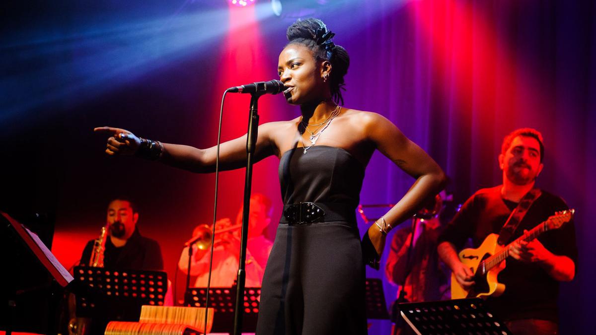 Los grandes clásicos se fusionan con ritmos latinos, soul y flamenco en el seno de Patax