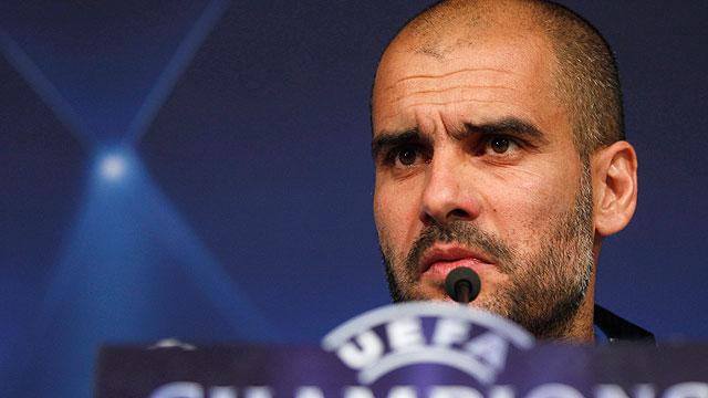 Guardiola rechaza hablar del árbitro o contestar a Mourinho