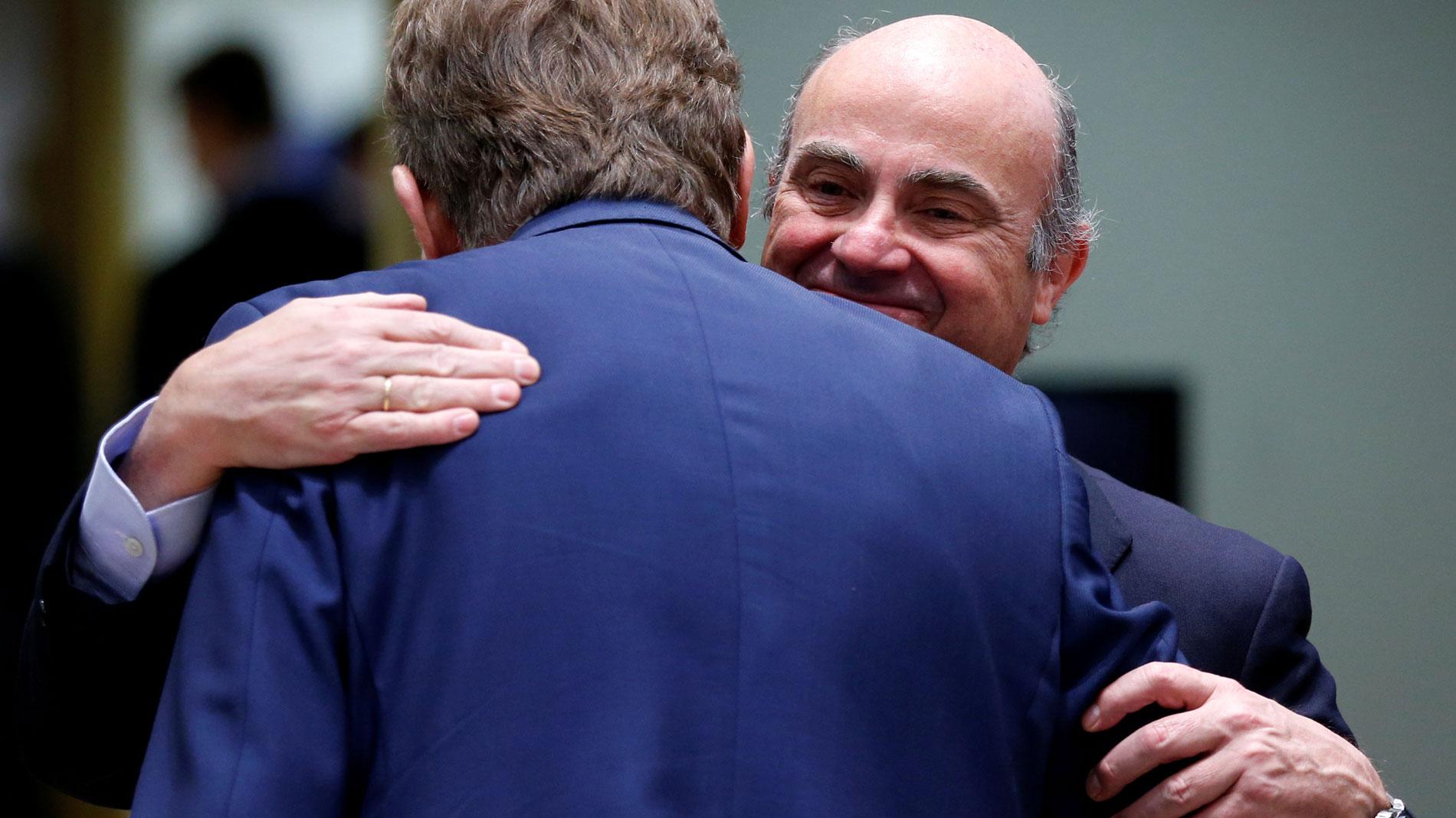 """De Guindos sobre su nombramiento para el BCE: """"La señal que se va a dar con mi dimisión es de independencia"""""""