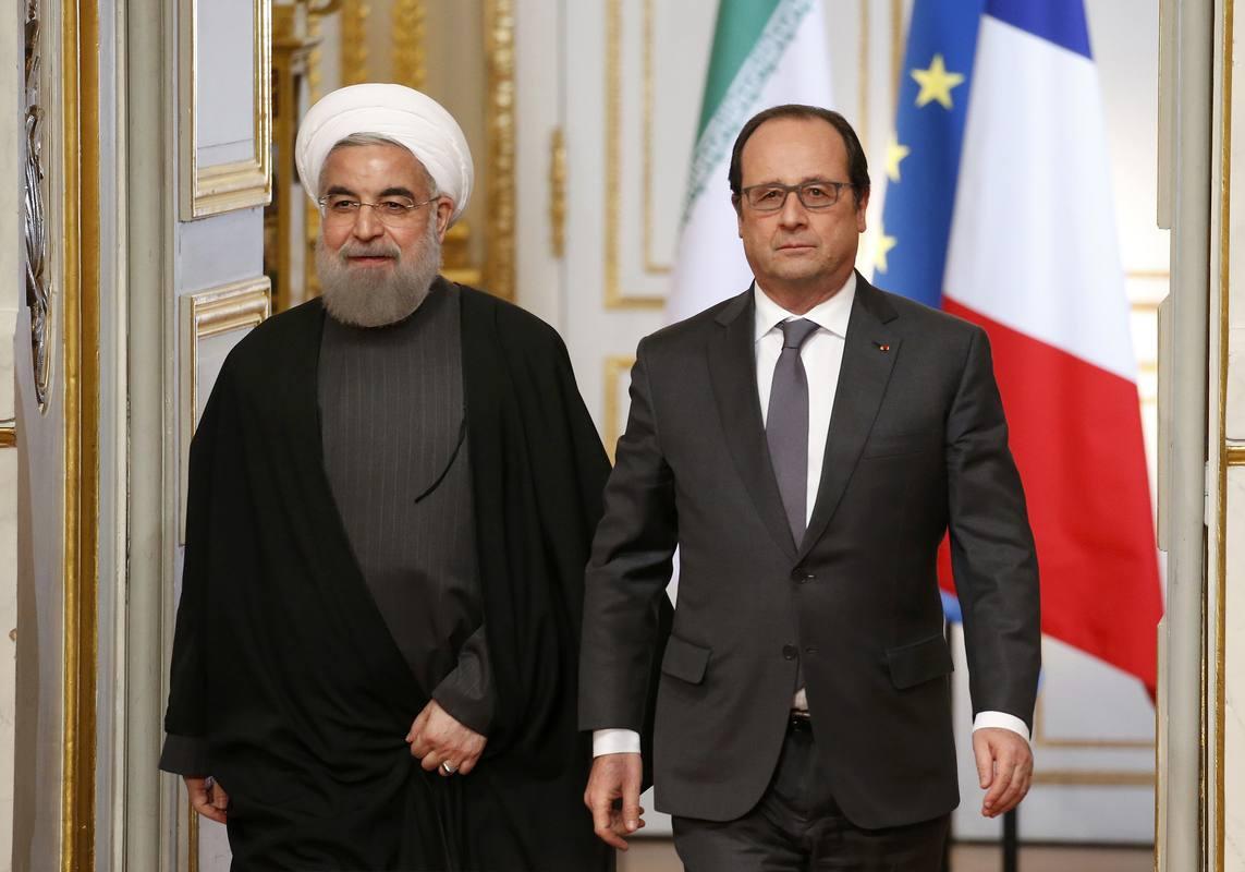Hasán Rohaní y François Hollande, momentos antes de la rueda de prensa conjunta en París