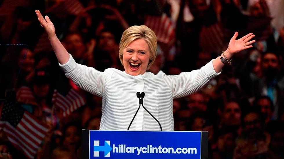 Hillary Clinton consigue los delegados suficientes para ser proclamada como candidata demócrata a la presidencia
