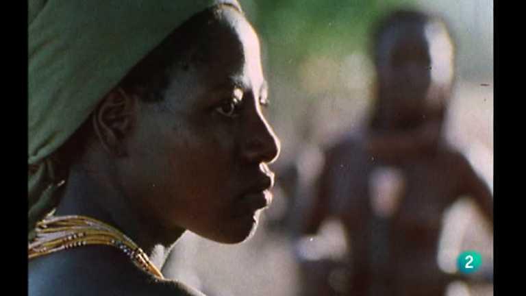 Los últimos indígenas - Los Himba, 3