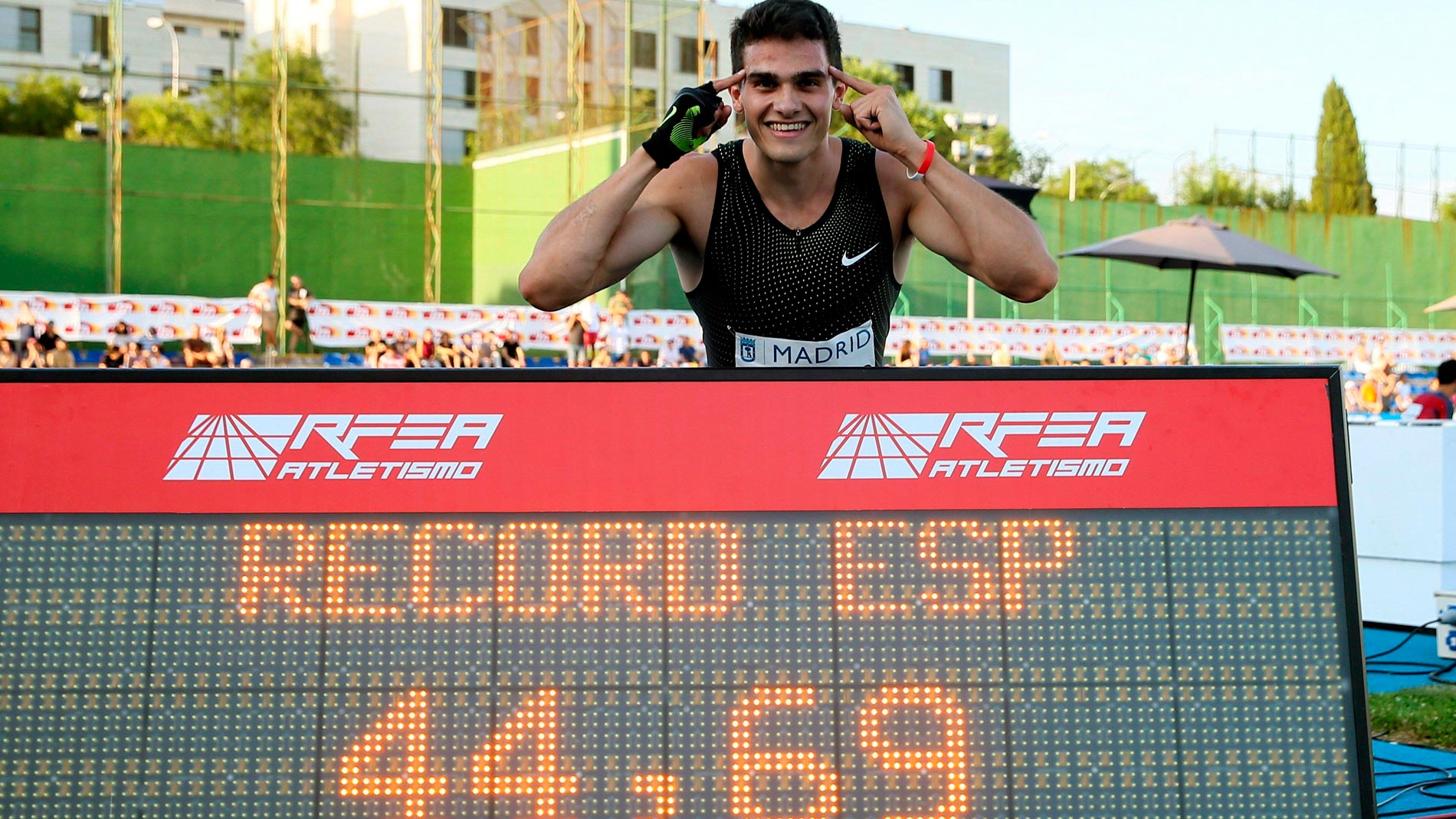 Hortelano bate en 400 un récord de España que duró 29 años