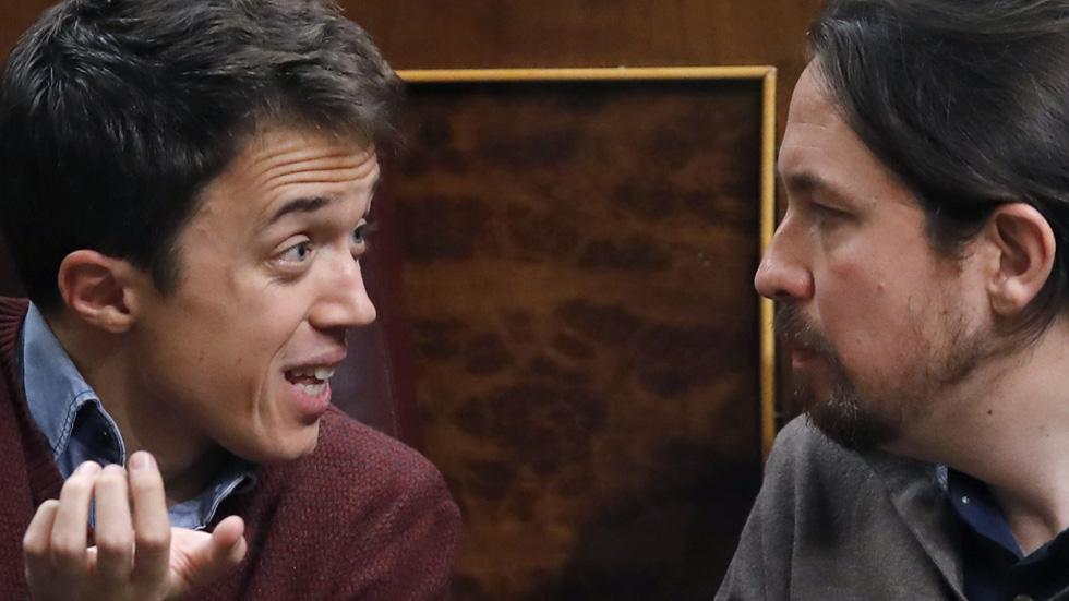 Iglesias y Errejón escenifican sus diferencias en el Congreso de los Diputados