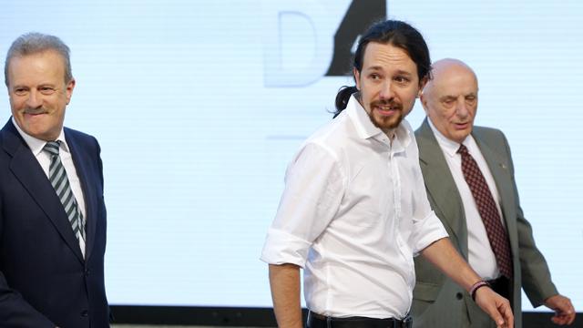 """Iglesias a Sánchez: """"Pedro, no soy yo. El adversario es Rajoy"""""""