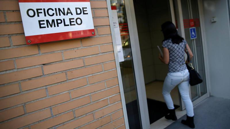 El paro en espa a el n mero de parados registrados baj for Oficina de empleo barcelona