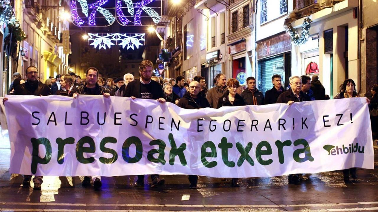 Imagen de archivo de una protesta en Pamplona a favor del acercamiento de los presos etarras