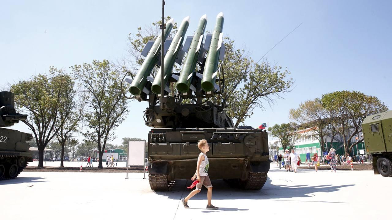 Sistema de misiles ruso Buk-1M