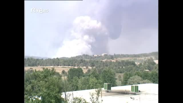 Arxiu TVE Catalunya - Els grans incendis a la Catalunya central el 1998 - Recull d'imatges dels SSII