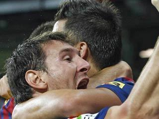 Iniesta adelanta al Barça (1-0)