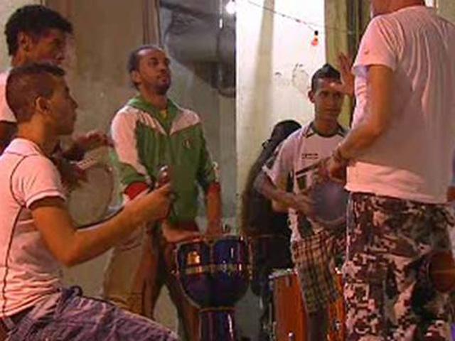 Un proyecto en una orquesta trata de integrar a jóvenes inmigrantes en Madrid