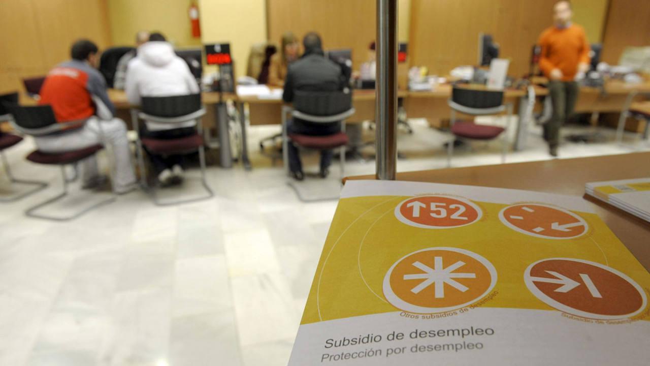 los parados con prestaci n caen de los dos millones y la ForOficina Empleo Valladolid