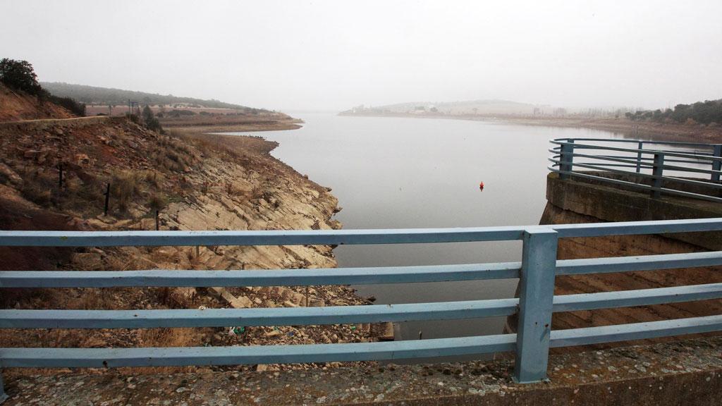Intervalos de viento fuerte en el litoral cantábrico e islas Canarias occidentales