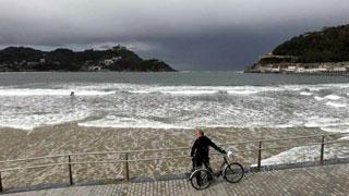 Intervalos de viento fuerte en el litoral de Galicia y Canarias