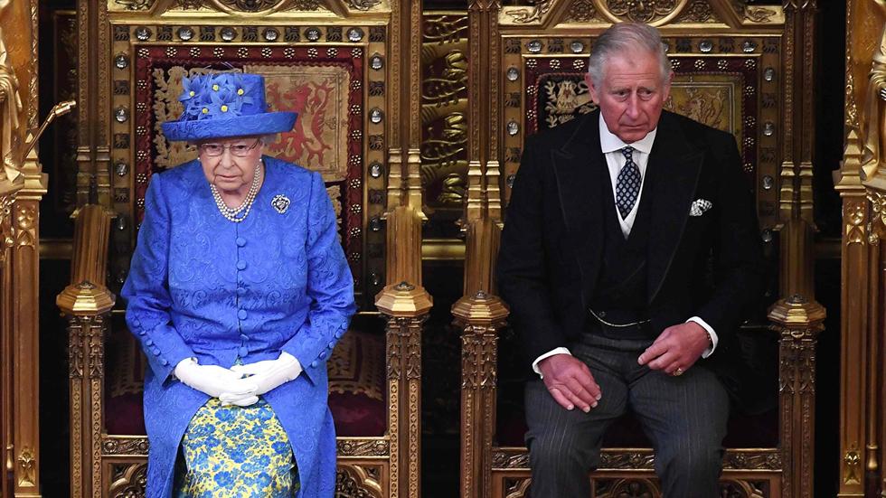 """Isabel II inaugura la legislatura británica y presenta un programa legislativo centrado en el 'Brexit'"""""""