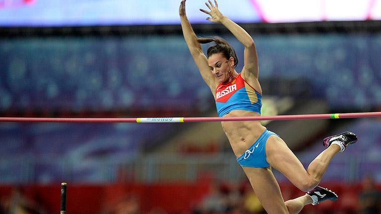 Isinbayeva salta 4.89 y se lleva el oro