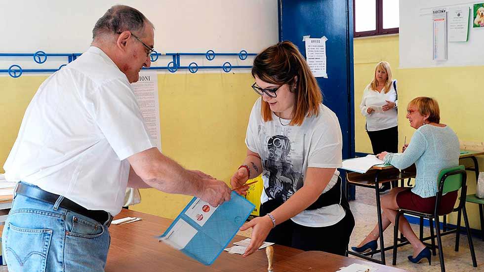 Italia celebra la segunda vuelta para la alcaldía de las principales ciudades