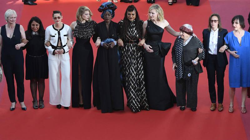 (De izq. a dcha.): Kristen Stewart, Lea Seydoux, Khadja Nin, Ava DuVernay, Cate Blanchett, Agnès Varda y Celine Sciamma, en Cannes