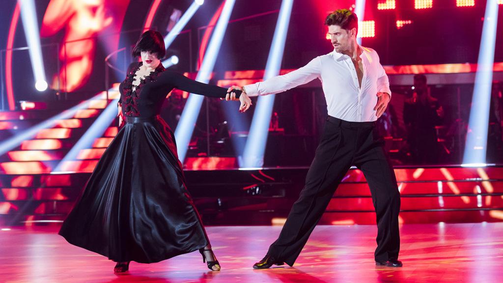 """Bailando con las estrellas - Javier Hernanz y Rosa bailan """"Smells like teen spirit"""""""