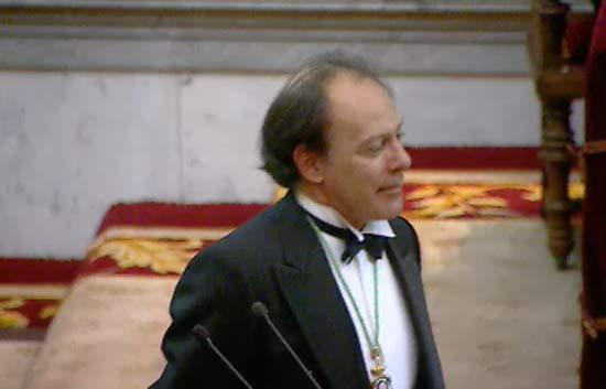 Javier Marías ingresa en la Real Academia Española