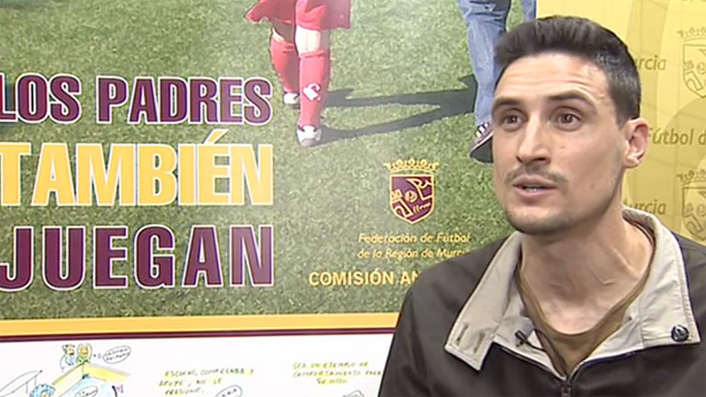 Javier Martínez, un árbitro con 'valores' más allá de los terrenos de juego