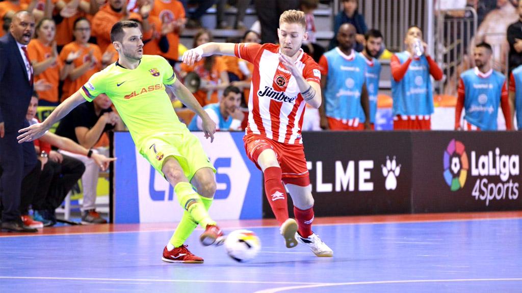 Jimbee Cartagena FS logra un heroico empate frente al FC Barcelona Lassa (5-5)
