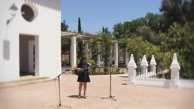 """Punts de vista - Joana Serrat canta """"I follow you child"""", en exclusiva per a 'Punts de vista'"""