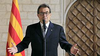 Jordi Pujol dimite como presidente honorífico de CDC y CiU y renuncia a su sueldo vitalicio