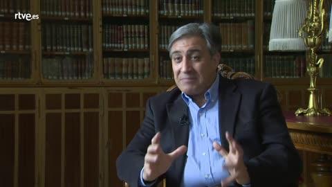 José Luis Corral (Profesor de Historia Medieval y escritor)