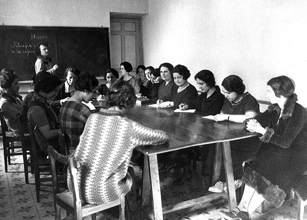 prostitutas universitarias madrid cual es el trabajo mas antiguo del mundo