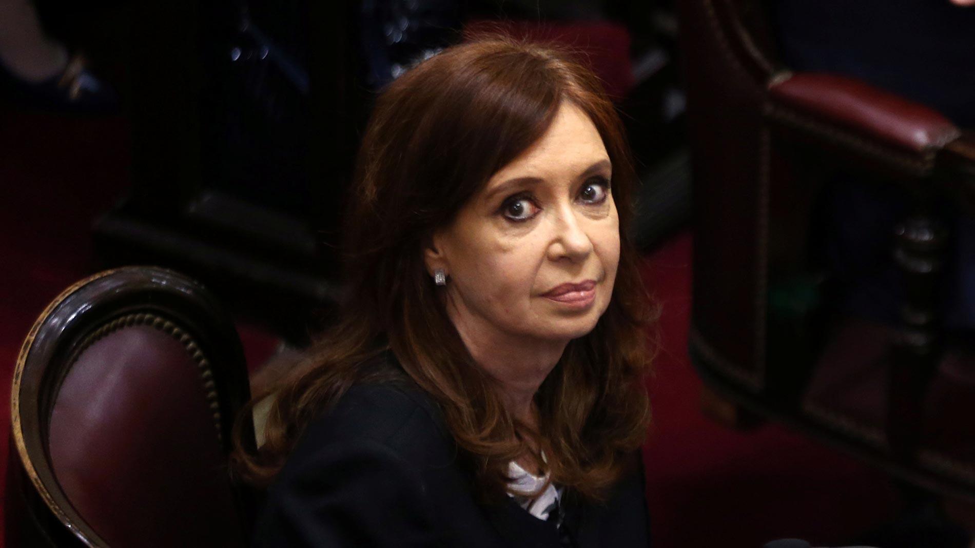 Un juez argentino pide quitar la inmunidad a la expresidenta Cristina Fernández para detenerla