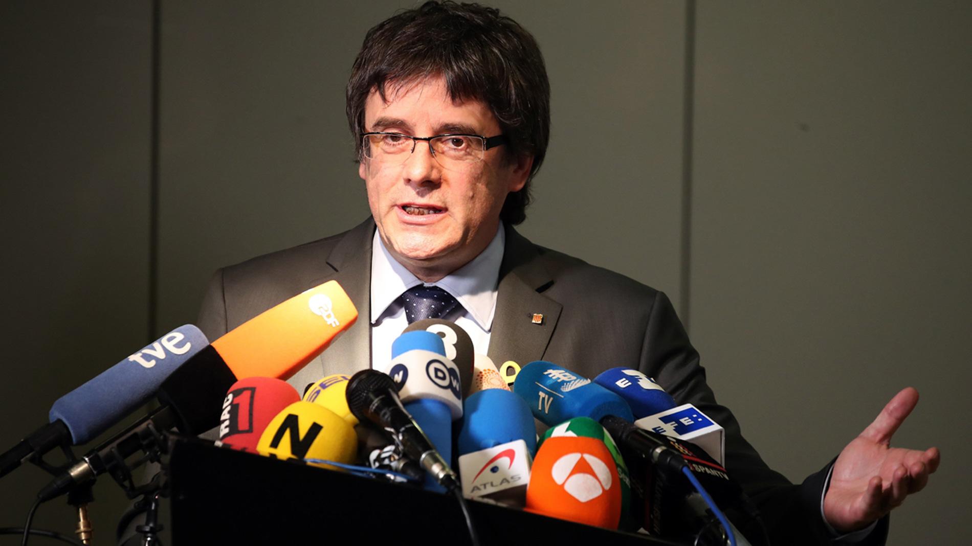 El juez Llarena avisa a la justicia alemana que la orden de detención contra Puigdemont es correcta