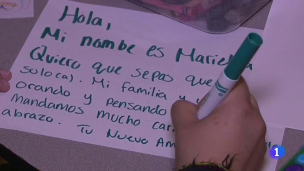 El juez que ordenó la reunificación de padres e hijos inmigrantes en Estados Unidos ha reconocido los progresos realizados por el gobierno