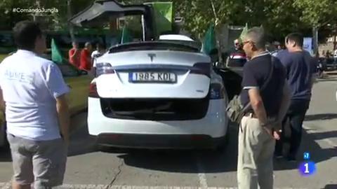Comando actualidad - Jungla de asfalto: Rodrigo y Marisol acaban de hacerse con un coche eléctrico