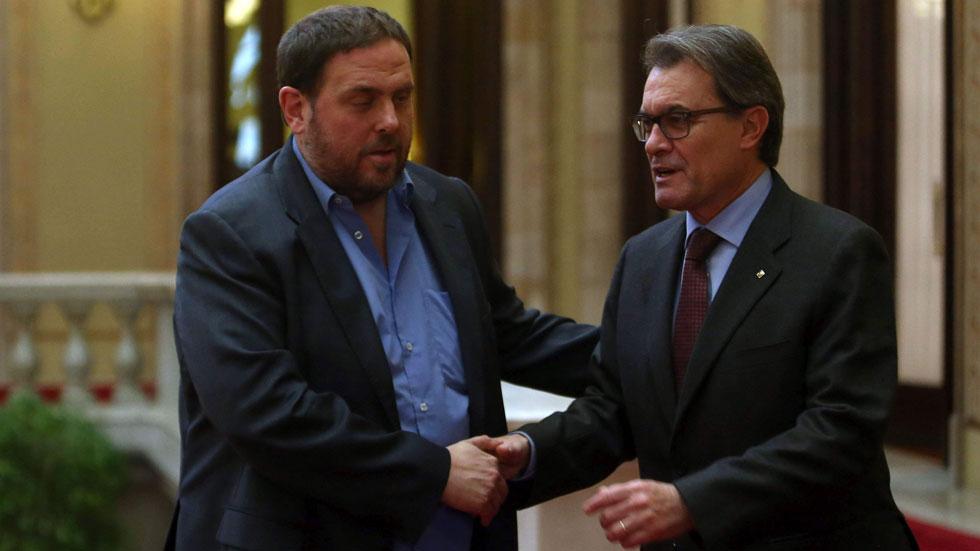 """Junqueras pide a Mas las elecciones plebiscitarias """"cuanto antes"""" y no apoyará presupuestos"""