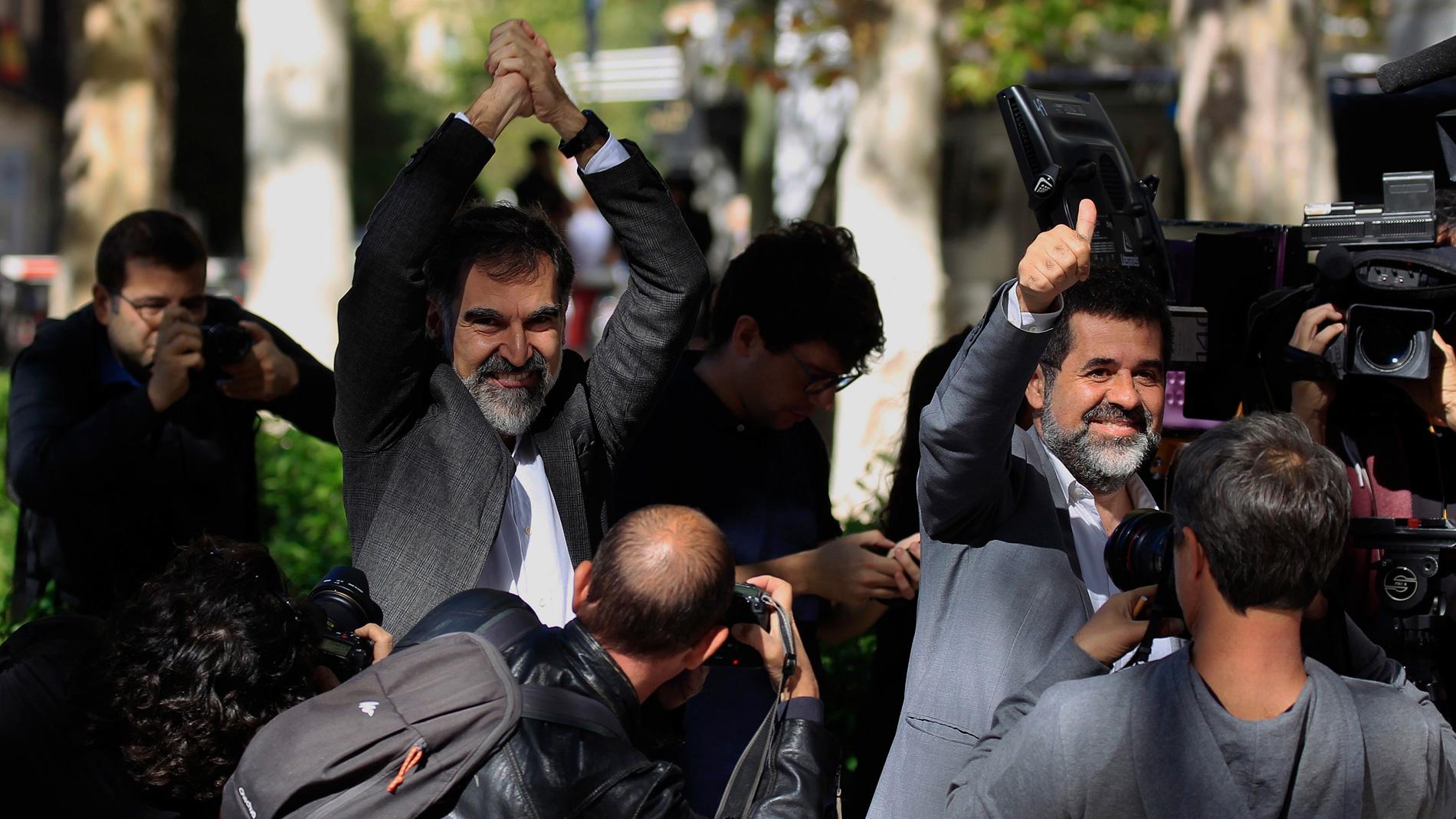 """Junqueras, Sánchez y Cuixart protestan ante el Supremo por lo que consideran un """"juicio político"""" contra ellos"""