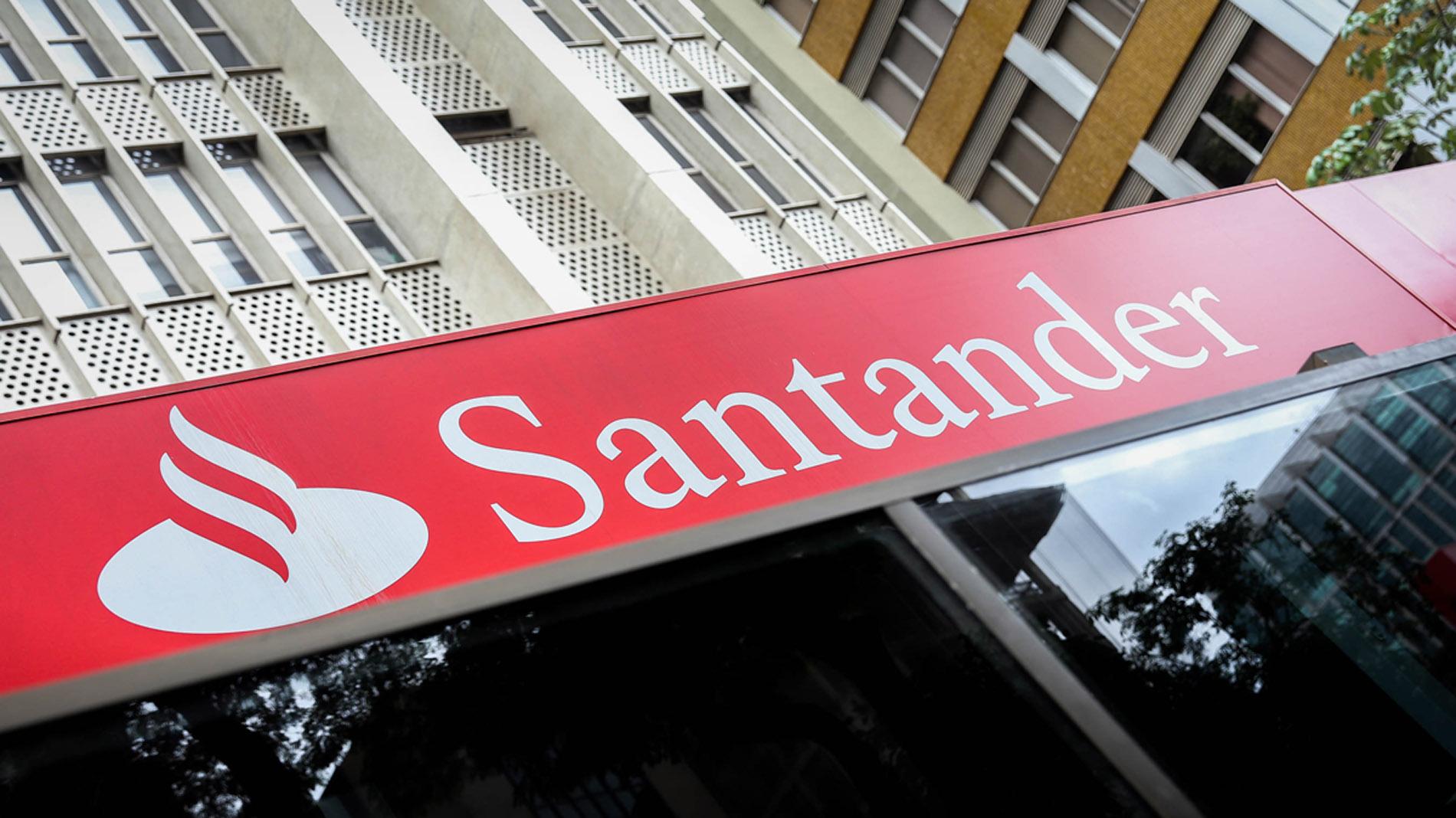 Un Juzgado de Málaga obliga a Santander a abonar el impuesto hipotecario de forma retroactiva