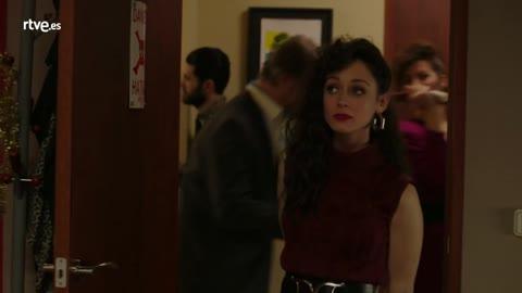 Karina harta del trabajo y la actitud de Carlos