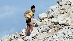 Kilian Jornet y Laura Orgué triunfan en las carreras de alta montaña