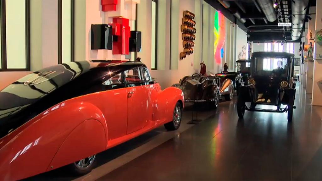 Lab 24 - Museo automovilístico de Málaga