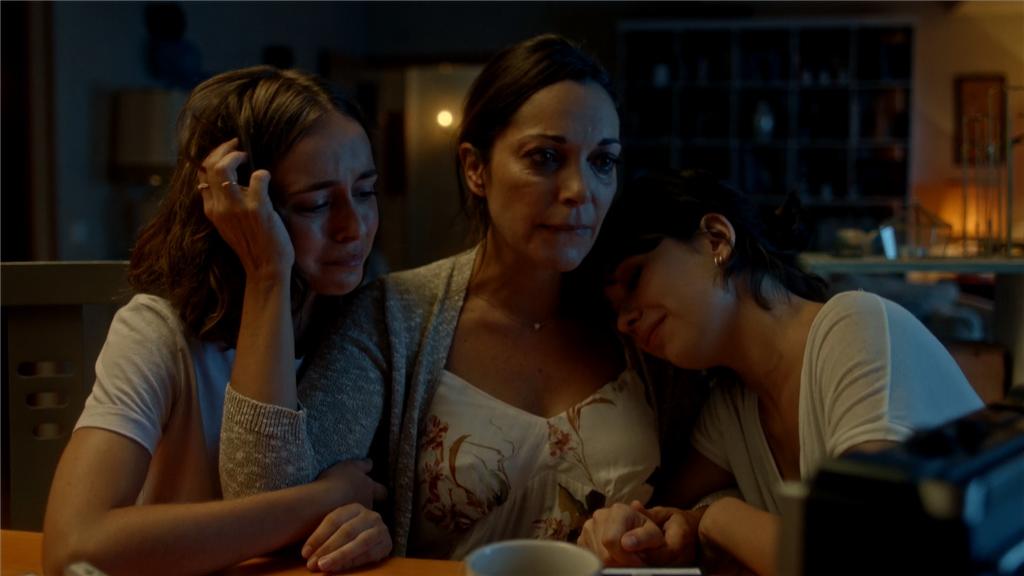 Estoy Vivo - Laura, Bea y Susana escuchan juntas las cintas de Andrés
