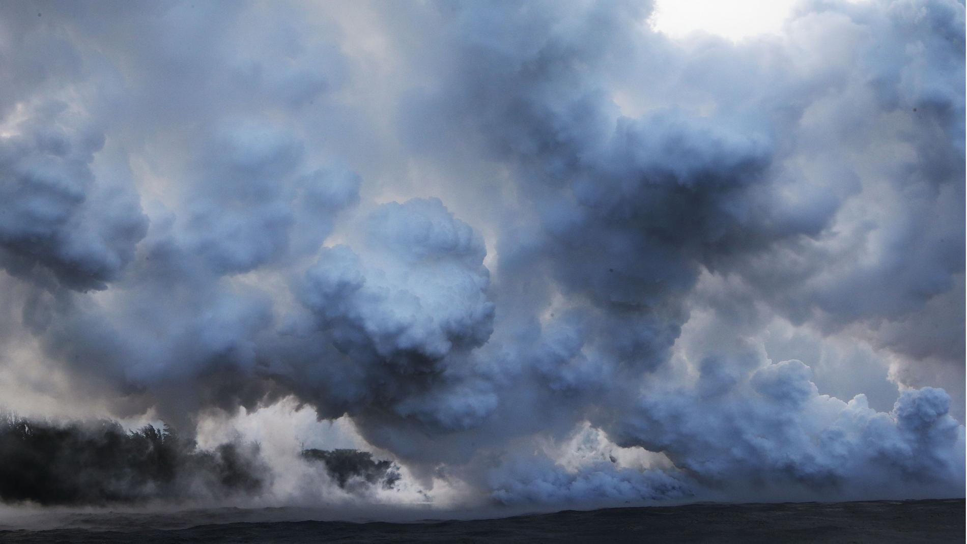 La lava del Kilauea genera una nube tóxica