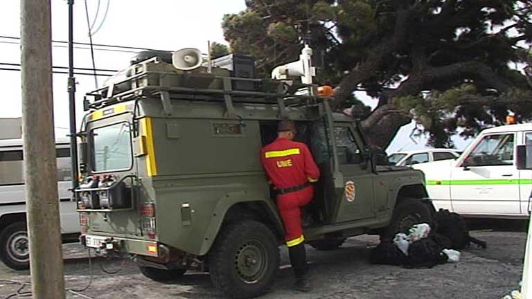 El gobierno de Canarias agradece la ayuda del Estado en la extinción del incendio tras las críticas previas