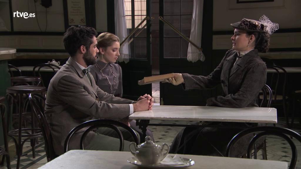 Acacias 38 - Leonor ayuda a Íñigo y Flora