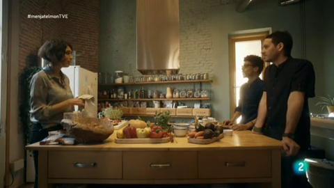 Menja't el món - L'ingredient invisible, les emocions - Les emocions i el menjar es porten molt bé