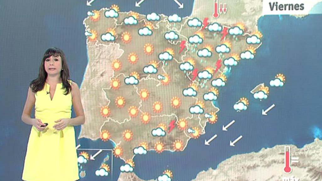 Lluvia en el norte y este peninsular e intervalos nubosos en el resto del país